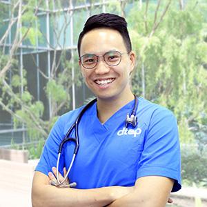 Dr.Julian Hong
